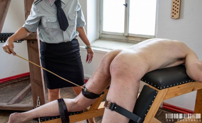 Züchtigung durch Frau Kaltenbach / Punishment by Frau Kaltenbach